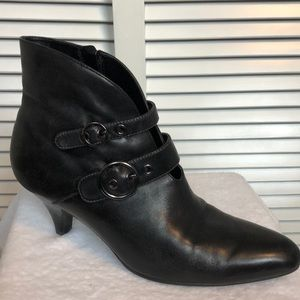 Ecco Black Leather Ankle Boots